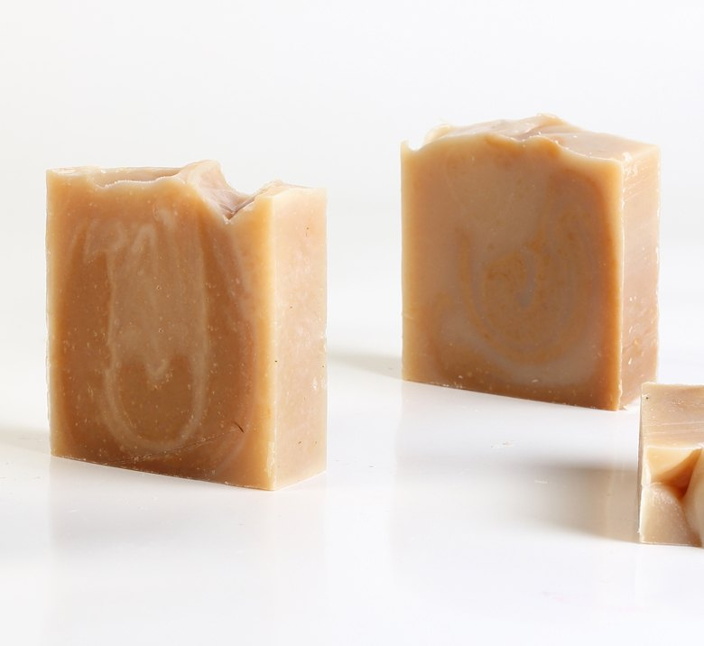 <h3>Honey & Goat Milk</br> Soap</h3>