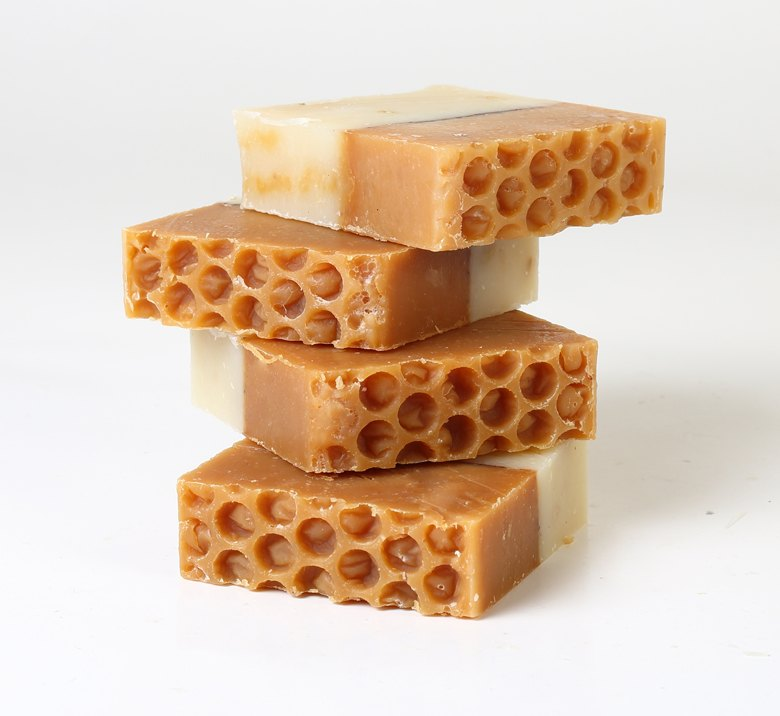 <h3>Honey & Oatmeal</br> Soap</h3>