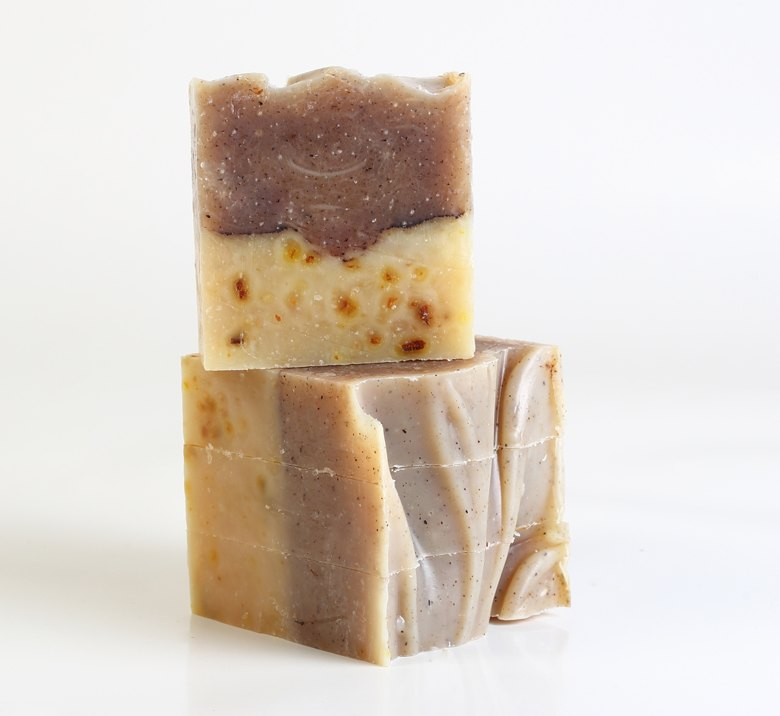 <h3>Cinnamon & Orange</br> Soap</h3>
